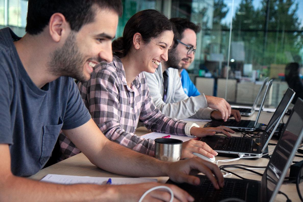 Larraioz Elektronika Mechatronics & Robotics Academy curso codesys